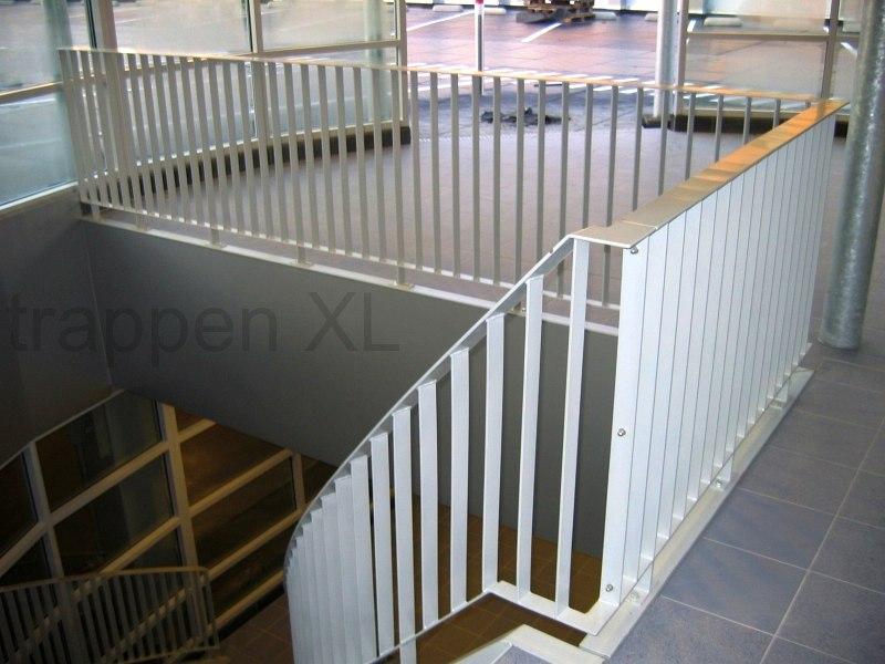 Balustrades een meerwaarde voor uw trap in elk opzicht for Balustrade trap