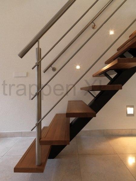 Middenboomtrappen een design trap met vele mogelijkheden for Stalen trap maken