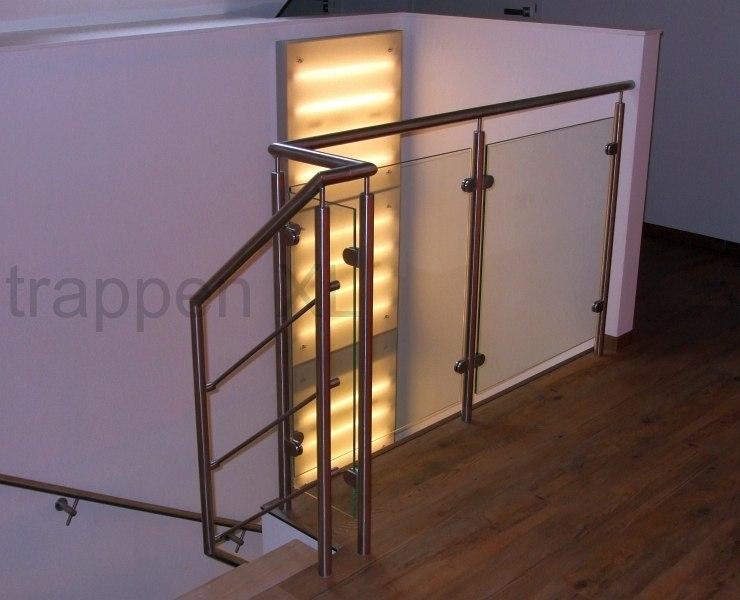 Vrijdragende trappen een uniek element met een zwevend for Trap eisen
