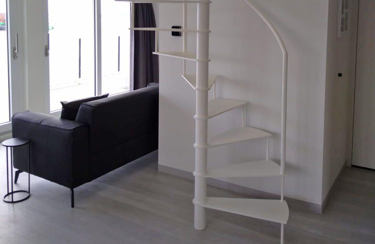 Spiltrap basic interieur