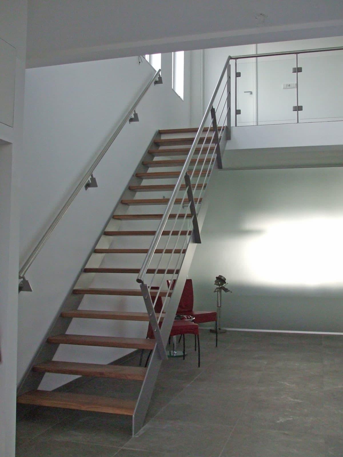 rt15a rechte trappen