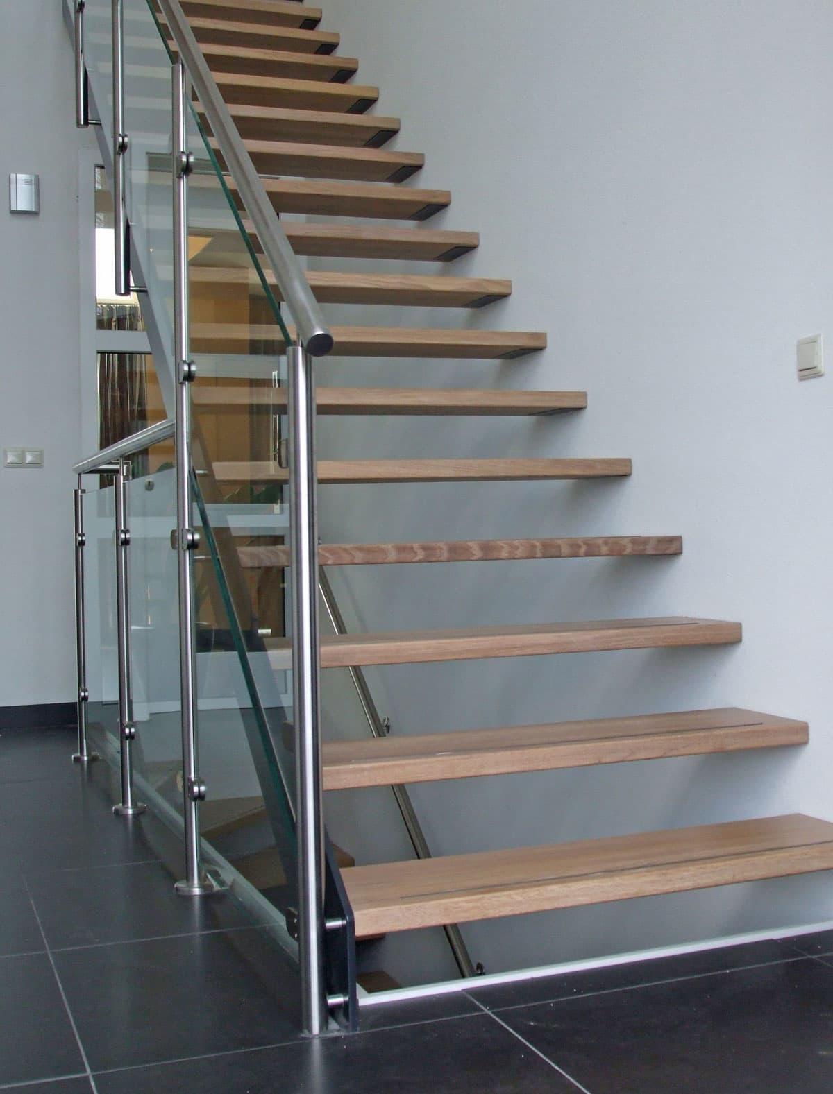 rt16a rechte trappen