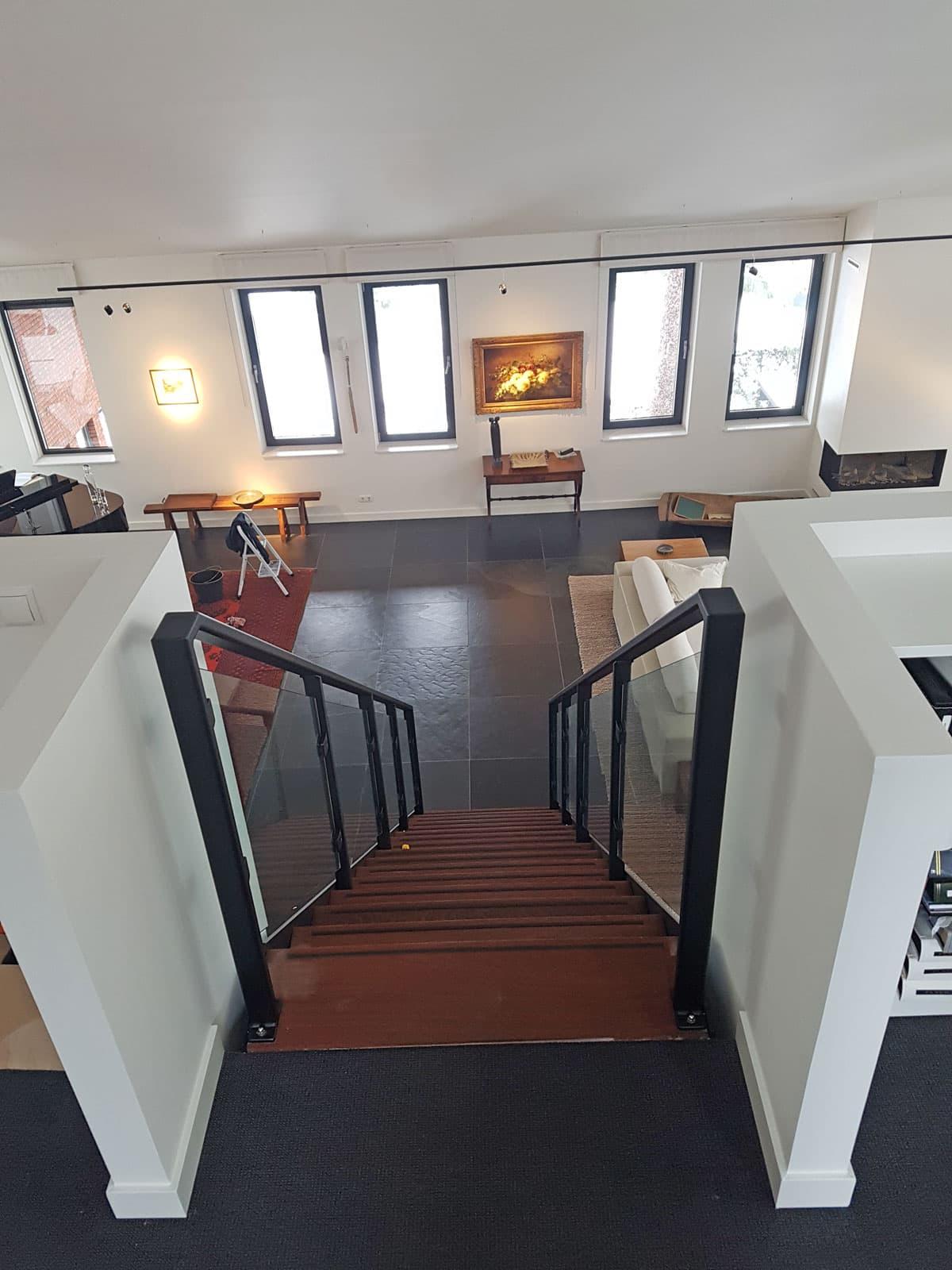 rt51c rechte trap in villa