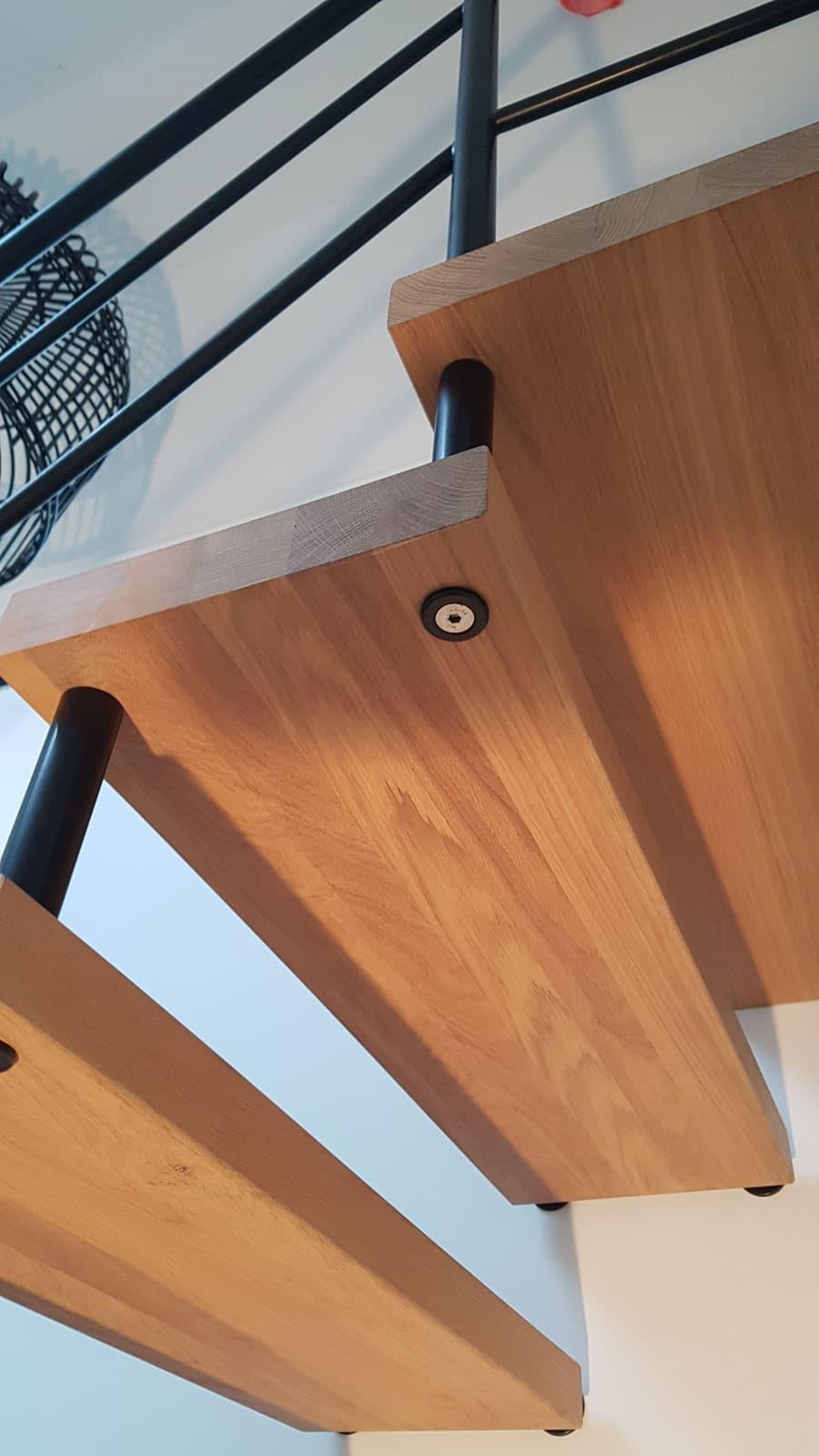 vt12c vrijdragende trap detail