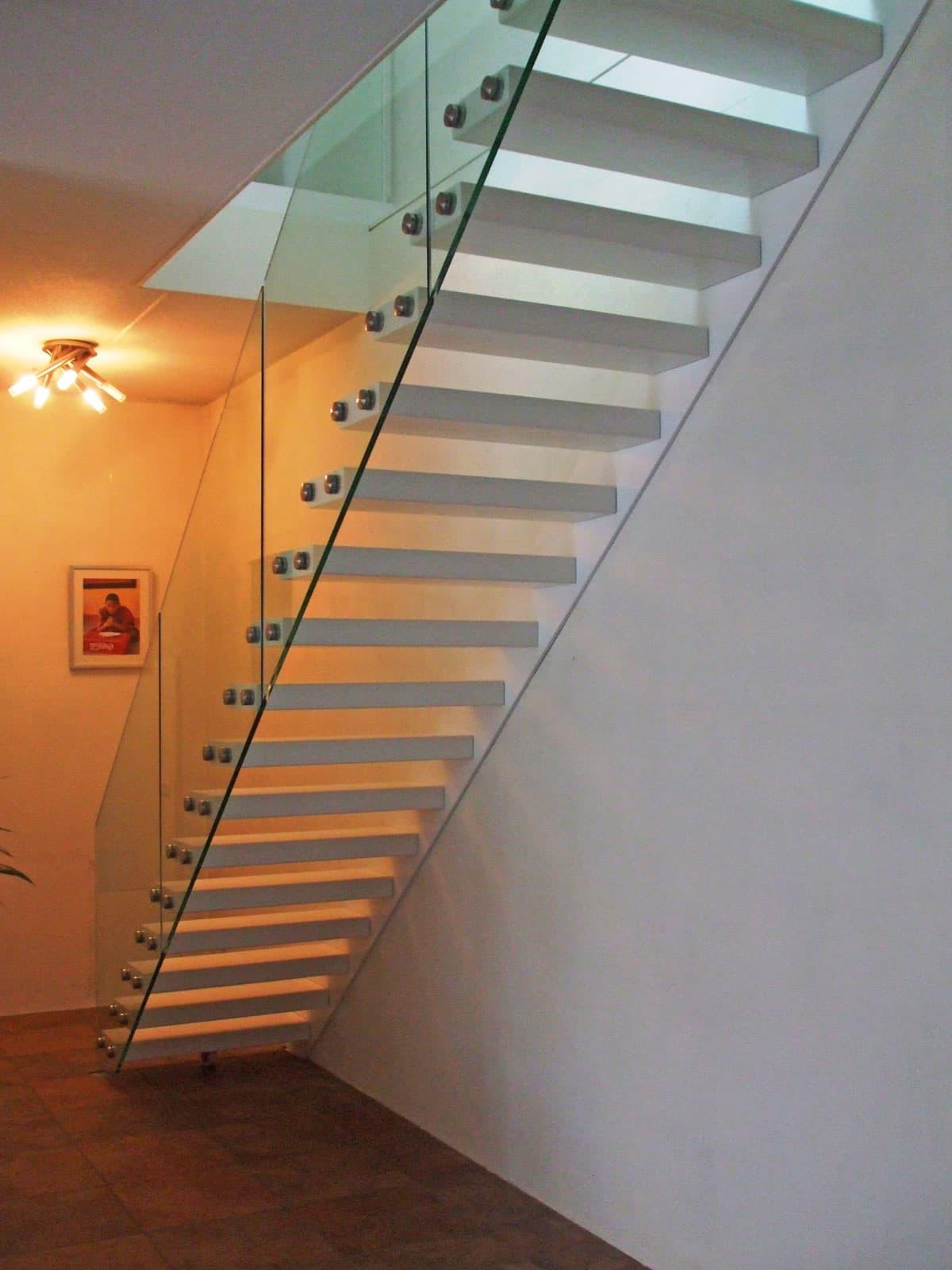 zt09a zwevende trap