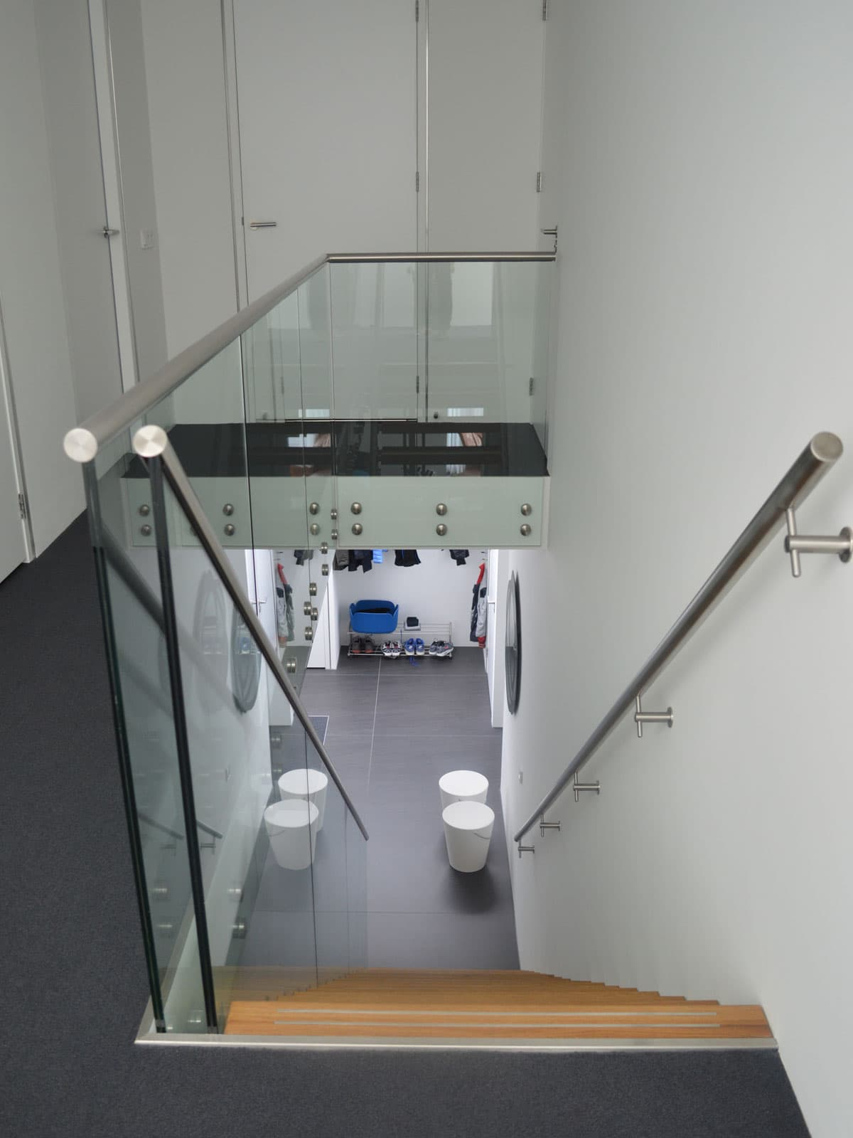 zt11c zwevende trap glazen balustade