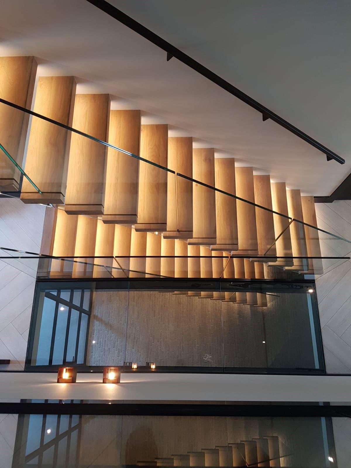 zt26b zwevende trap