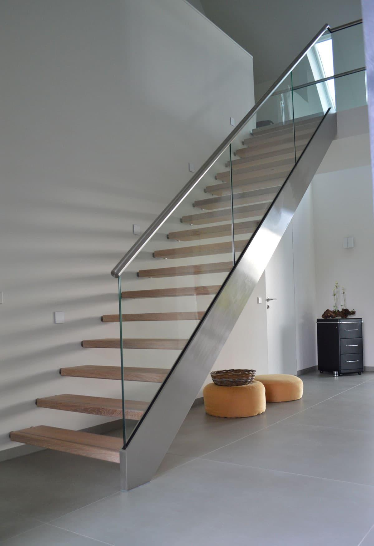 rt42a Rechte trappen